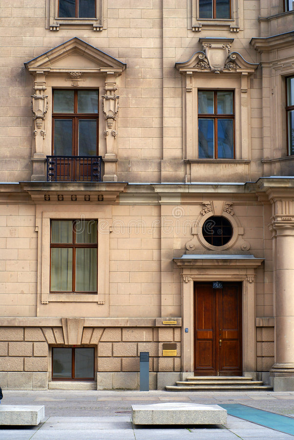 Free Classical Facade In Berlin Royalty Free Stock Photo - 2220045