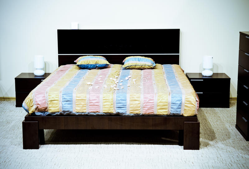 Download Classical Modern Bedroom Royalty Free Stock Images - Image: 12933429