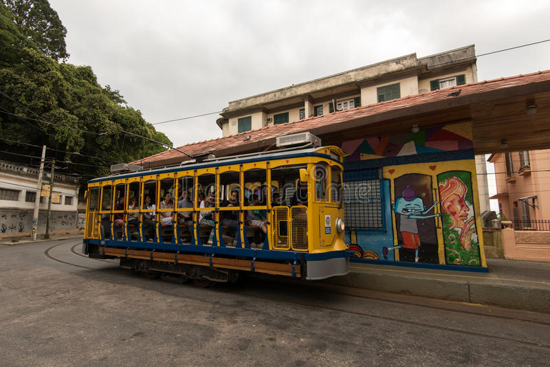 Classim spårvagn av Santa Teresa i Rio de Janeiro, Brasilien arkivbild