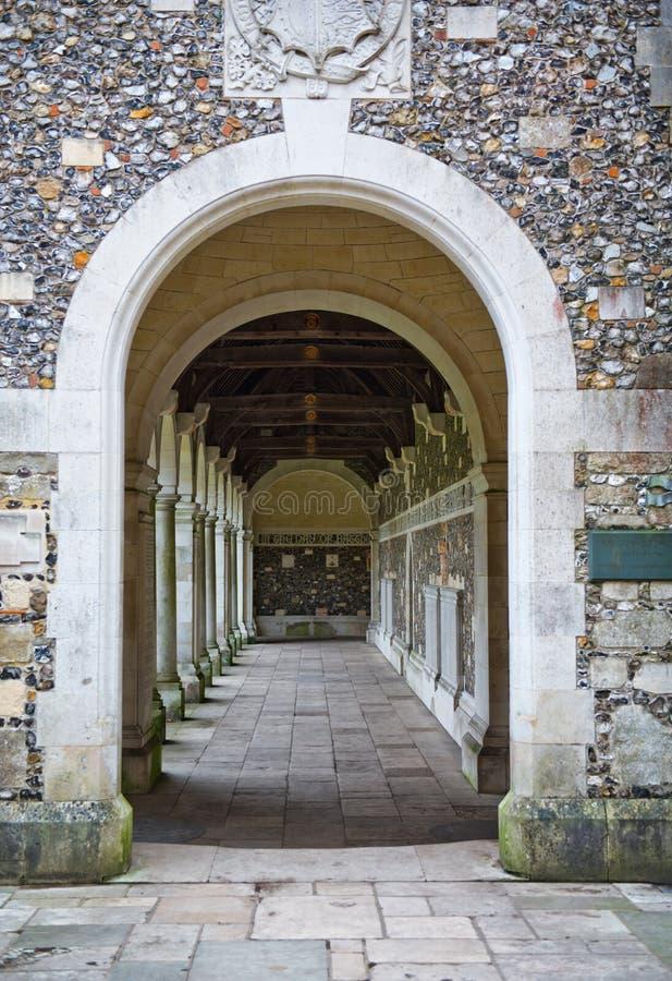 Claustro da guerra na faculdade de Winchester, Winchester, Reino Unido imagens de stock royalty free