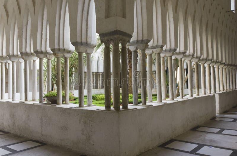 Claustro del paraíso, Amalfi fotos de archivo libres de regalías