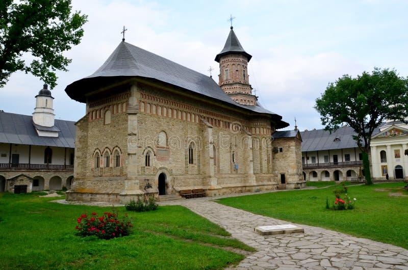 Claustro interno de Neamt fotos de archivo libres de regalías