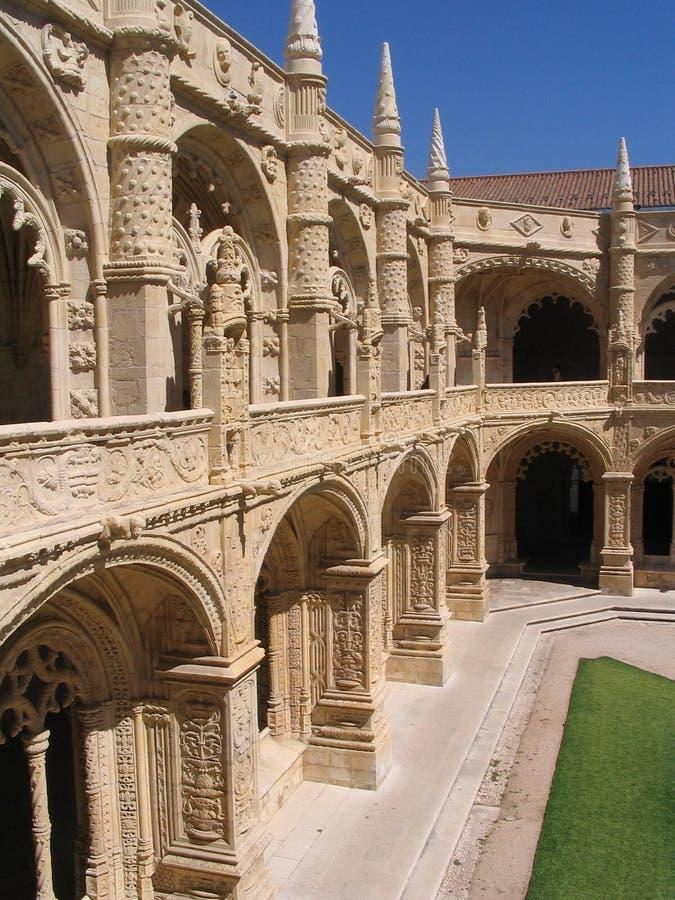 Claustro - Mosteiro de Sao Jeronimo imagenes de archivo
