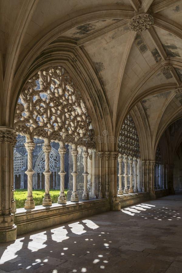 Claustros en el monasterio de Batalha - Portugal imagenes de archivo