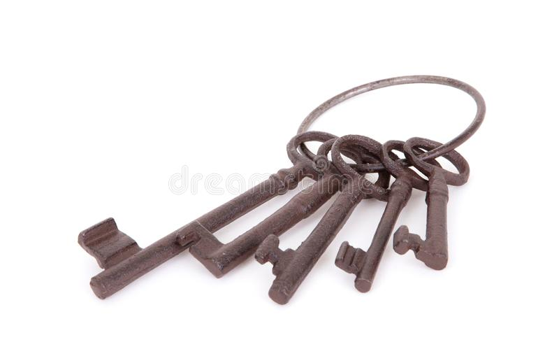 Claves antiguos en un anillo fotografía de archivo libre de regalías