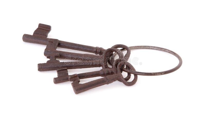 Claves antiguos en un anillo fotos de archivo libres de regalías
