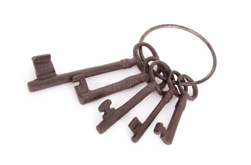 Claves antiguos en un anillo fotografía de archivo