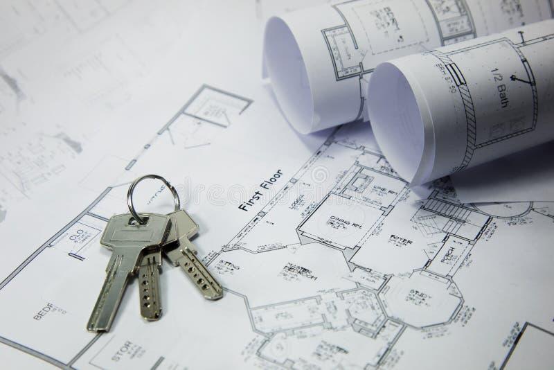 Claves en plan de la casa imágenes de archivo libres de regalías