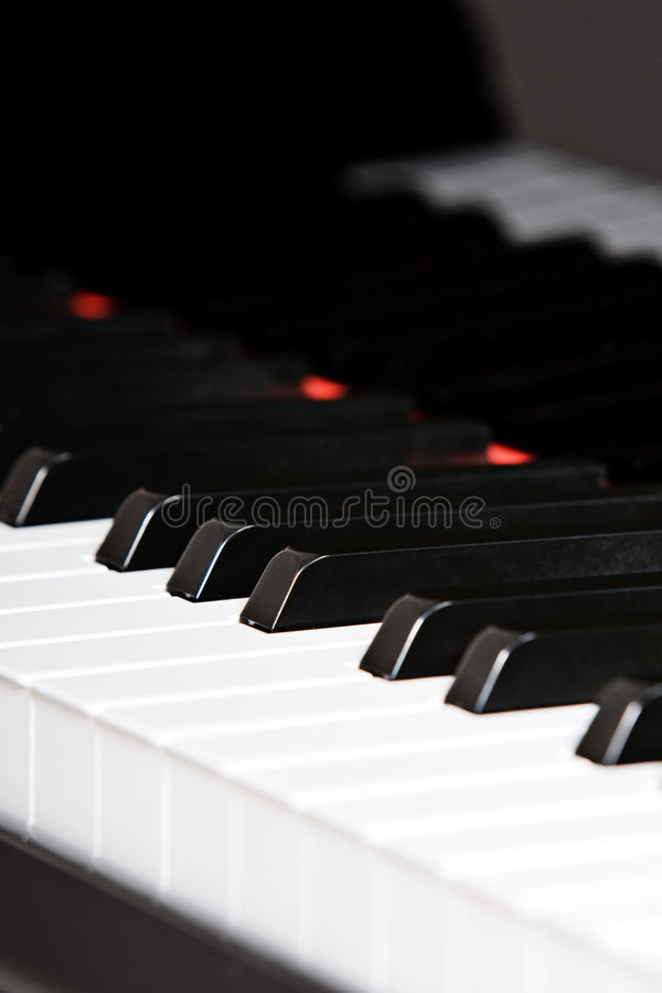 Clavier de piano à queue images libres de droits