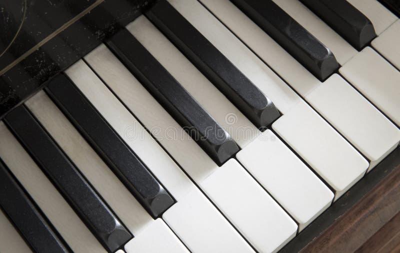 Clavier de piano antique images libres de droits