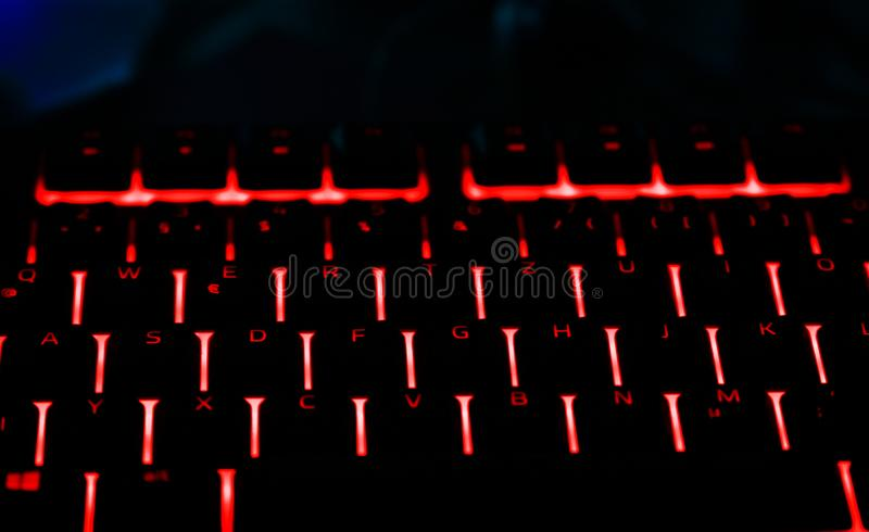 Clavier lumineux pour le PC de jeu photos libres de droits