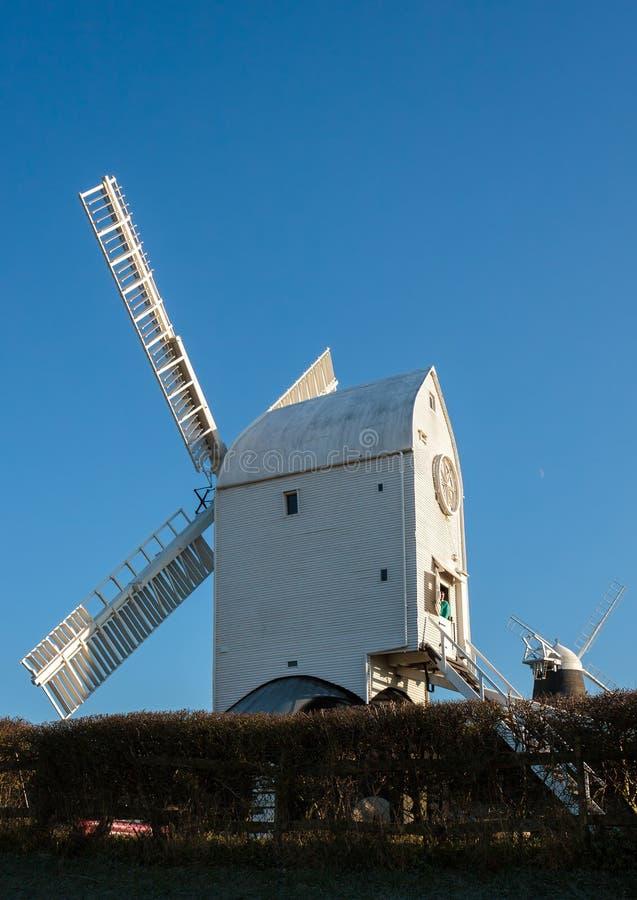 CLAYTON ÖSTLIG SUSSEX/UK - JANUARI 3: Jill Windmill på en vinter`, royaltyfri foto