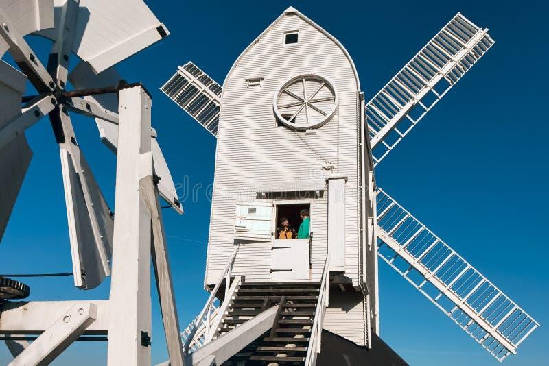 CLAYTON ÖSTLIG SUSSEX/UK - JANUARI 3: Jill Windmill på en winter arkivbild