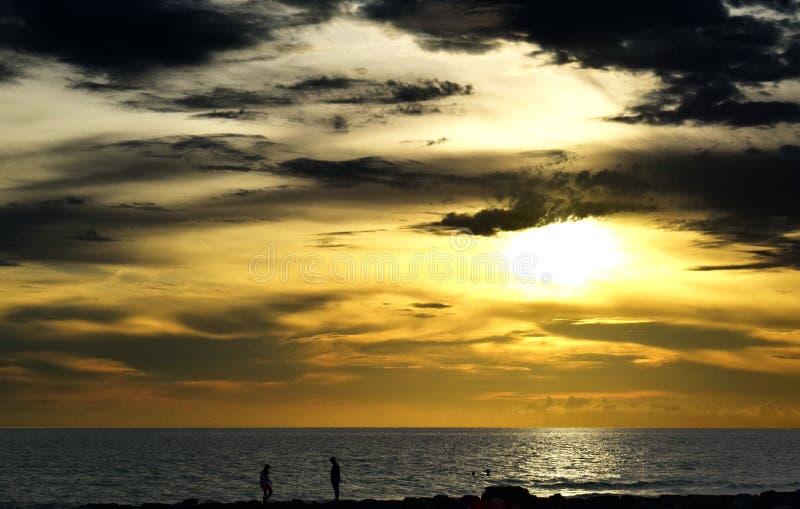 Download CLD_Sunset stockfoto. Bild von wolken, auszug, frontseite - 96934394
