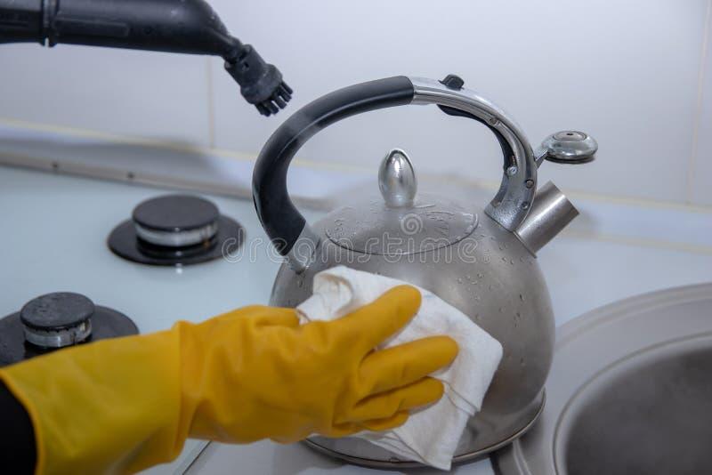 Cleaning kuchnia obraz stock