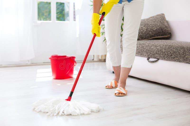 Cleaning podłoga zdjęcia royalty free