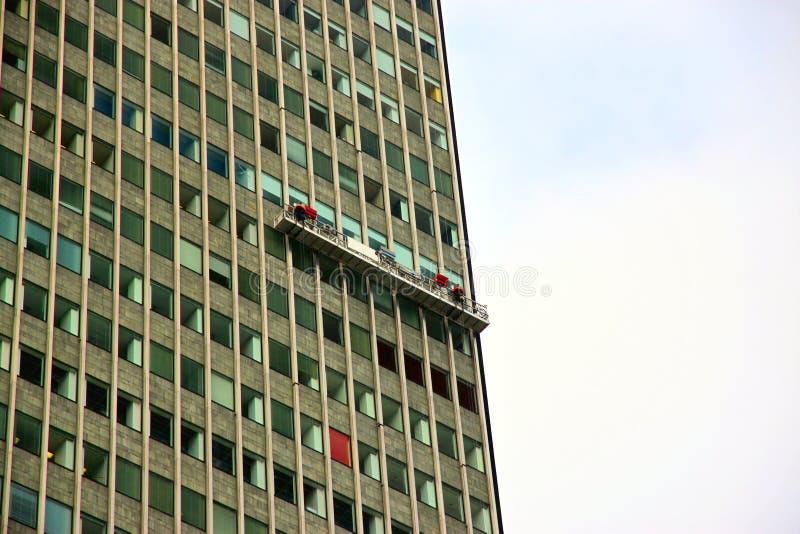 cleaningfönster royaltyfria bilder