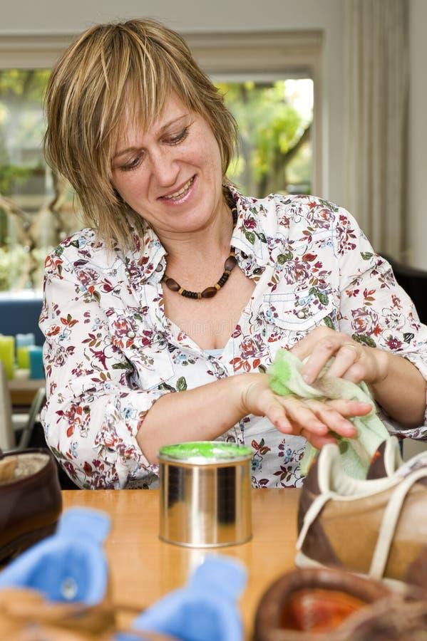 cleaninghänder fotografering för bildbyråer