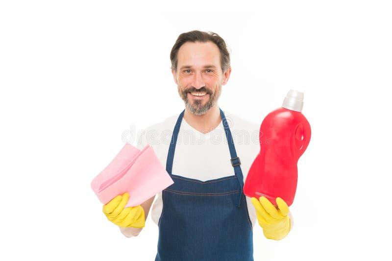 Cleanness в его руках Зрелый хелпер домочадца Зрелый тензид прачечной удерживания работника домочадца в резиновых перчатках стоковые изображения rf