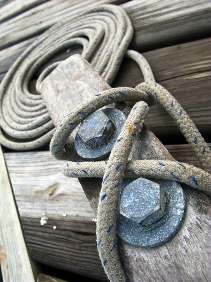 Cleat met Kabel stock afbeeldingen