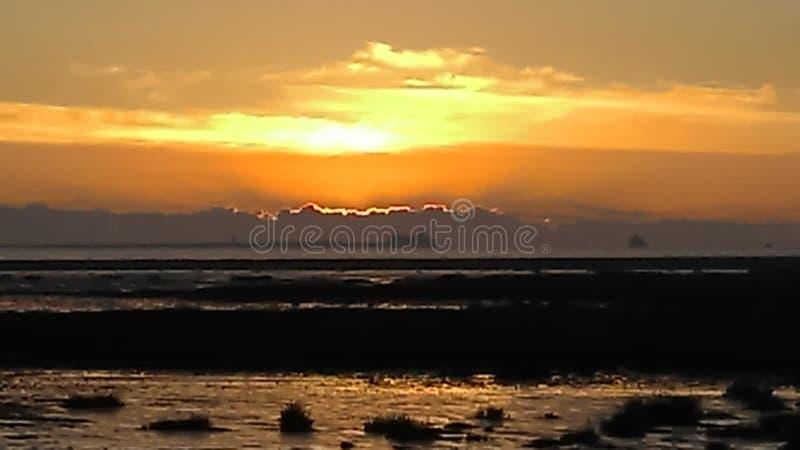 Cleethorpesstrand bij zonsondergang stock afbeeldingen