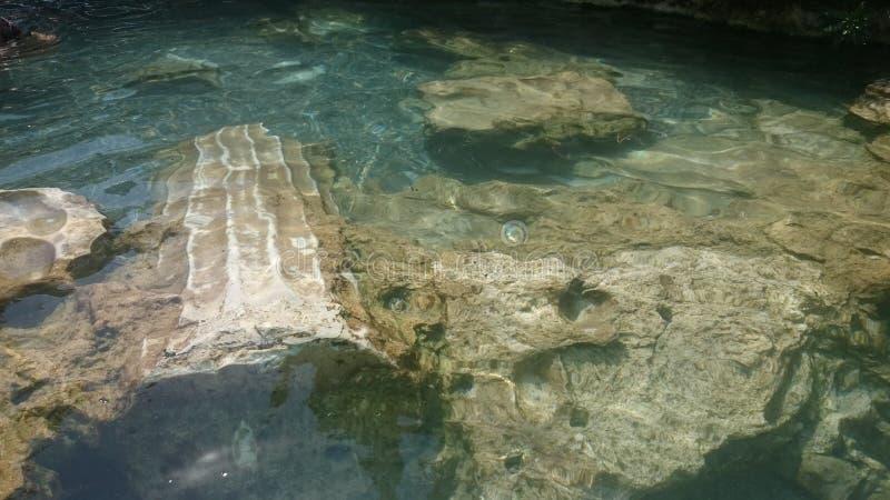 Cleopatra basen, strzela pod wodą Antyczny basen Hierapolis Indyczy Denizli Pamukkale fotografia royalty free