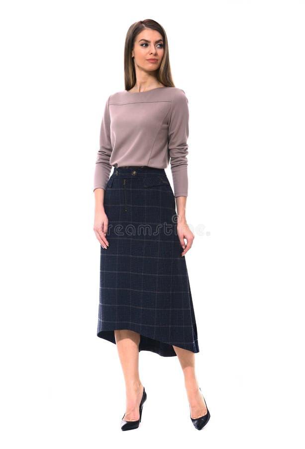 Clerk a mulher de negócio do gerente na saia longa de lã formal de midi fotografia de stock