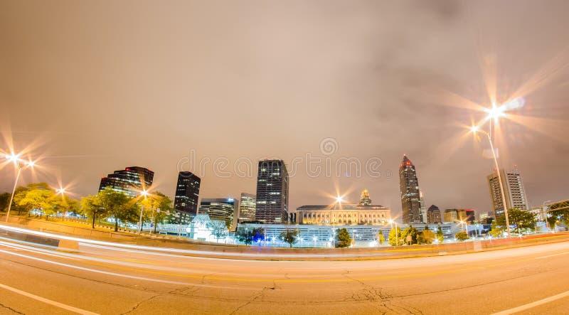 Cleveland du centre le jour nuageux images libres de droits