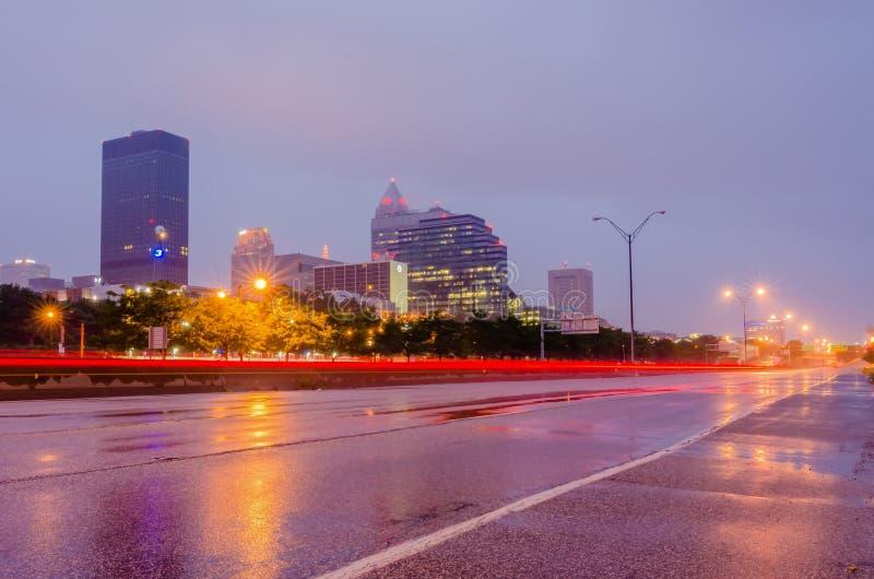 Cleveland du centre le jour nuageux photos stock