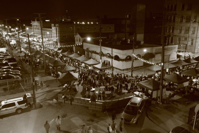 Cleveland van de binnenstad tijdens de Beroemde Nachtmarkt royalty-vrije stock foto
