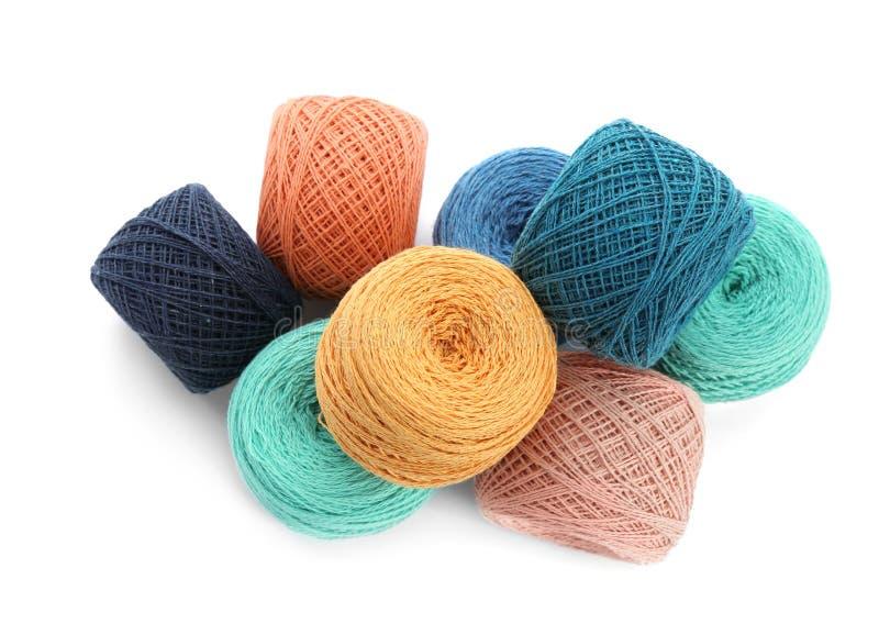 Clews de linhas de confecção de malhas coloridas, vista superior foto de stock