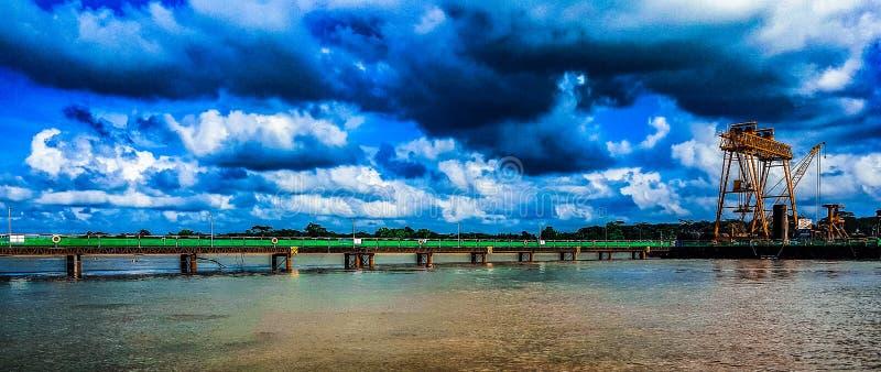 Clic hridoy mobile de photographie de ciel bleu oh photographie stock