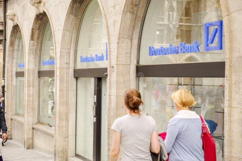Clients de Deutsche Bank image stock