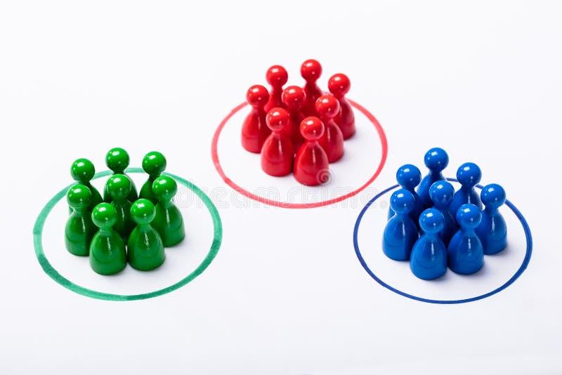 Clients segmentés dans des groupes images stock