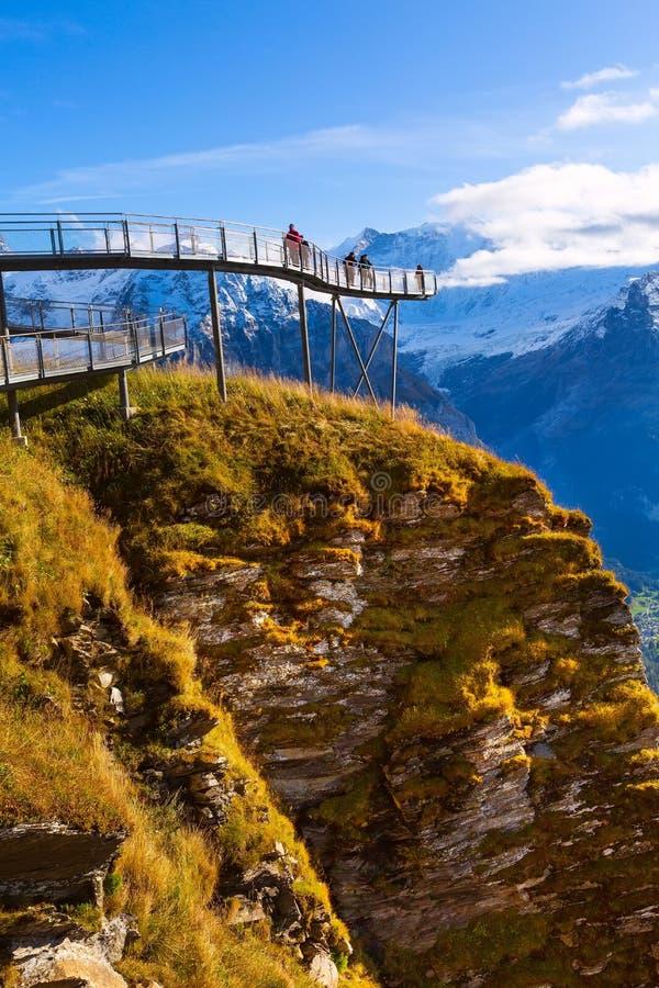 Cliff Walk in Grindelwald First, Ελβετία στοκ φωτογραφίες