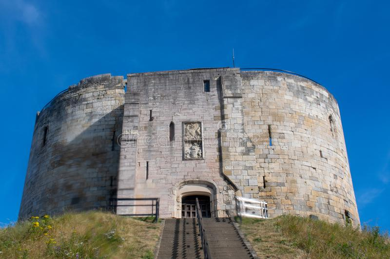 Clifford Tower York Yorkshire imagenes de archivo