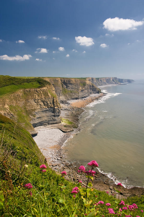 Free Cliffs Of Southerndown Royalty Free Stock Images - 9597949