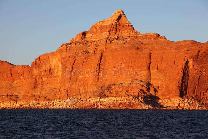 Download The Cliffs On The Shores Of Lake Powell Stock Image - Image: 16605167