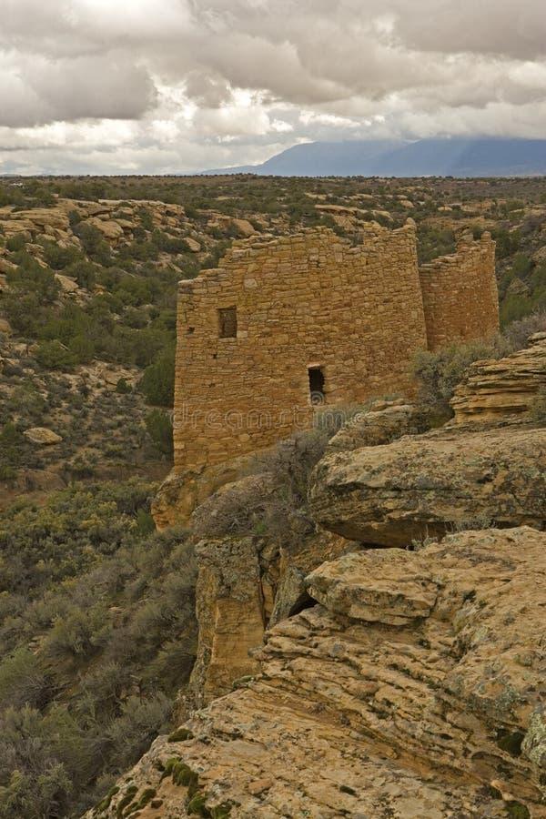 cliffside废墟垂直在Hovenweep国家历史文物的 免版税库存照片