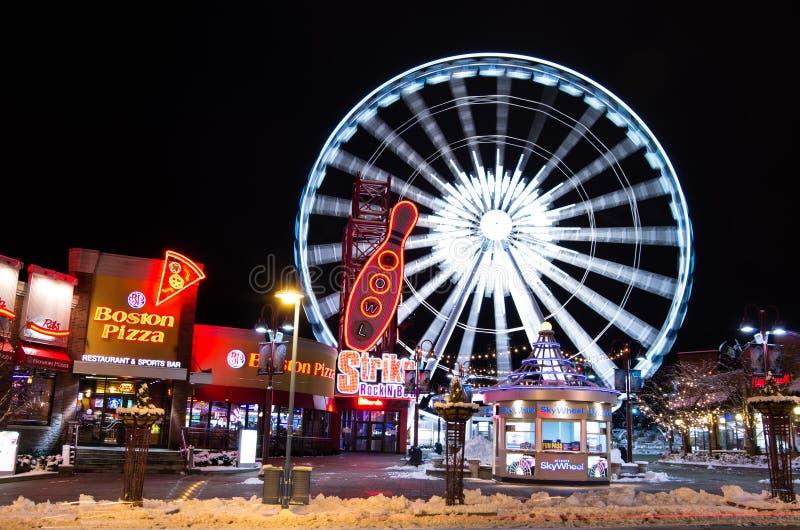 Clifton Hill 's nachts, Niagara-Dalingen stock foto's
