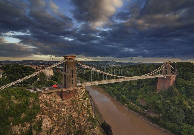 Clifton Suspension Bridge en la luz de la tarde fotos de archivo