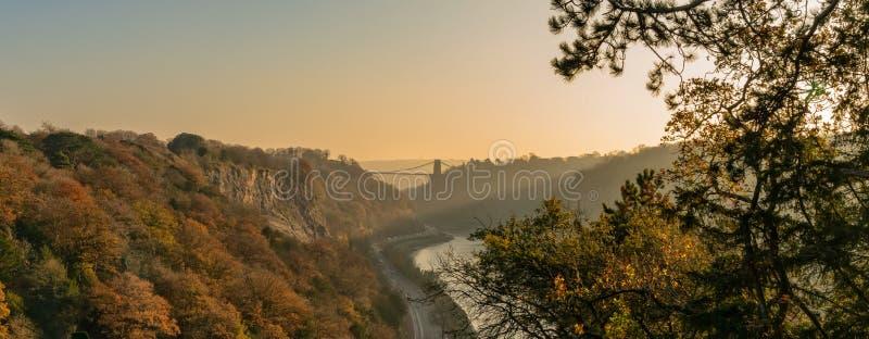 Clifton Suspension Bridge que atraviesa el río Avon, Bristol fotos de archivo libres de regalías