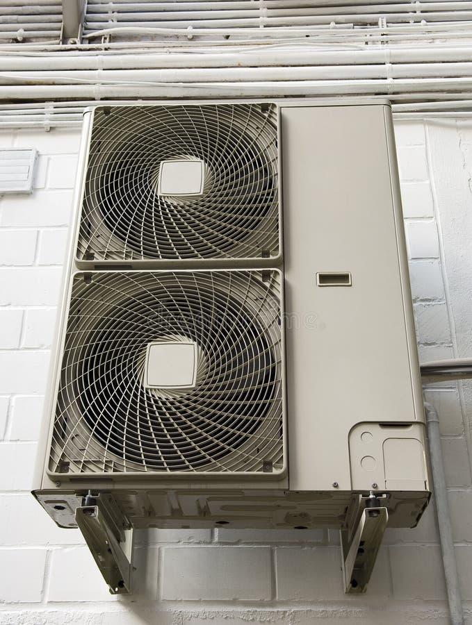 Climatiseur Klimaanlage lizenzfreie stockfotografie