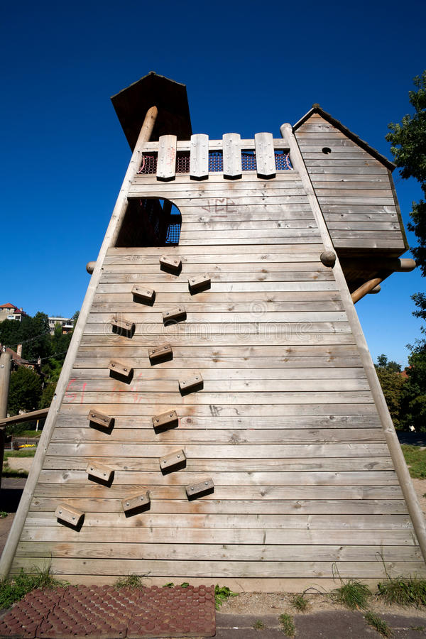 Climbing wall structure