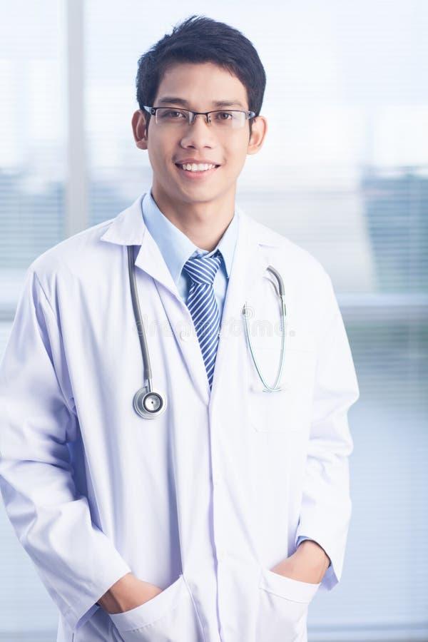 Clinicien mâle photos stock