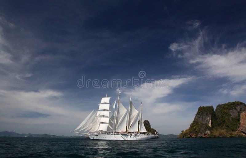 Clipper schip onder volledig zeil royalty-vrije stock afbeelding