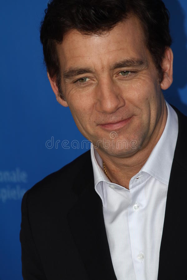 Download Clive Owen editorial stock photo. Image of people, cinema - 23625548