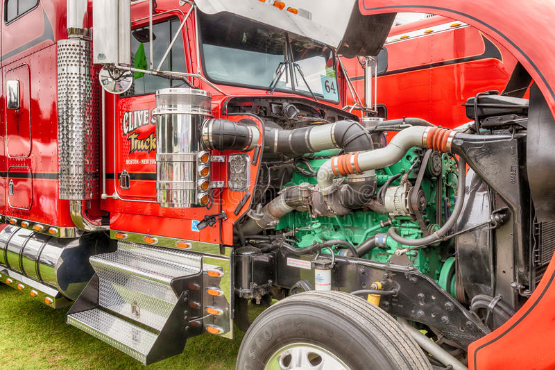 Clive Shaw Truck motor som är avtäckt på Truckfest royaltyfri foto