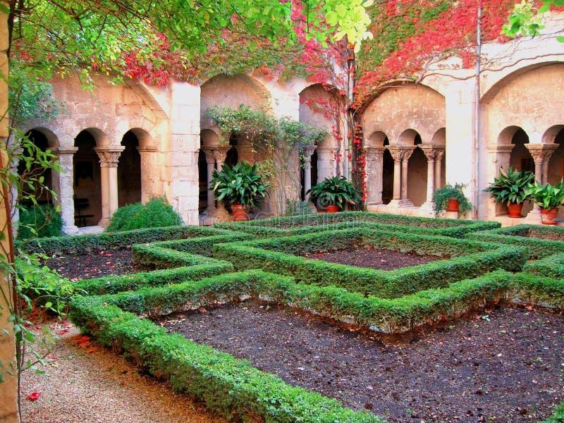Cloître de la Provence image libre de droits