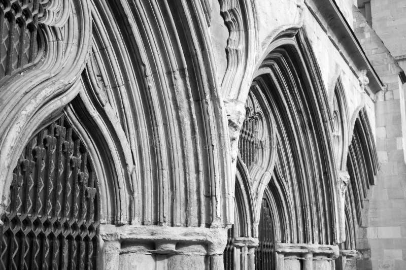 Cloîtres de cathédrale images libres de droits